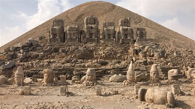 Mount Nemrut attracts 52,000 tourists in SE Turkey