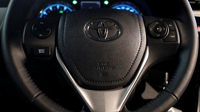 Toyota dizele veda ediyor.