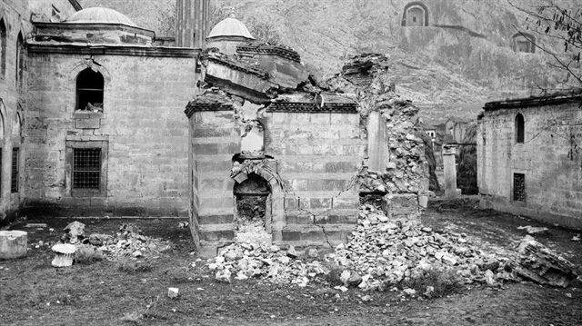 Deprem fotoğrafları tarihi restorasyonun seyrini değiştirdi