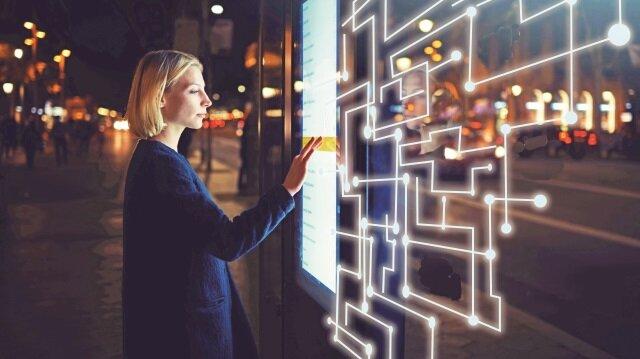 Ericsson'ın '2017 5G Hazırlıkları Anketi'ne katılan operatörlerin yüzde 78'i 5G için hazırlıkların sürdüğü, yüzde 28 ise gelecek yıl 5G şebekesini aktif edecekleri cevabını verdi.