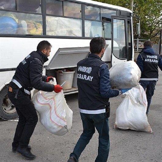 Polisten kaçan araçta 220 kilogram esrar ele geçirildi