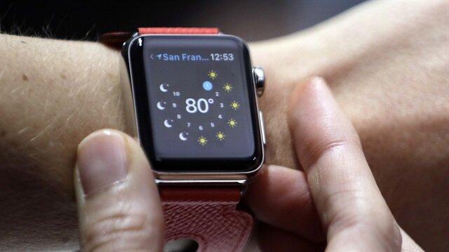 watchOS 4.1 güncellemesi, iOS 11 yüklü iPhone üzerinden yapılıyor.