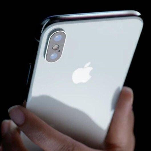 Kargo aracından 300 iPhone X çalındı
