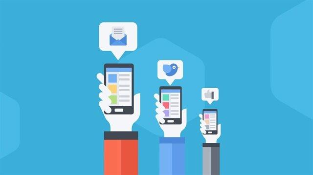 Sosyal medya platformlarında her gün milyonlarca içerik paylaşılıyor.