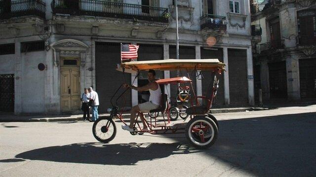 ABD, Küba'ya karşı devam eden ekonomik yaptırımları genişletme kararı aldı.