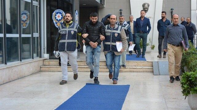 Bursa'da fuhuş yaptıran şüpheliler adliyeye sevk edildi.