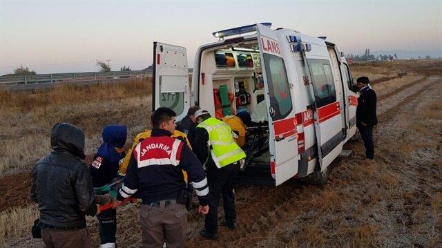 Ankara Aksaray yolu üzerinde yolcu otobüsünün devrilmesi sonucunda 3 kişi yaralandı.
