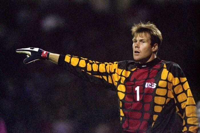 Friedel, 1995-96 sezonunda Galatasaray forması giydi.