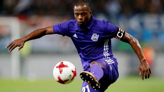 Patrice Evra, UEFA cezası sonrasında Marsilya'dan ayrıldı