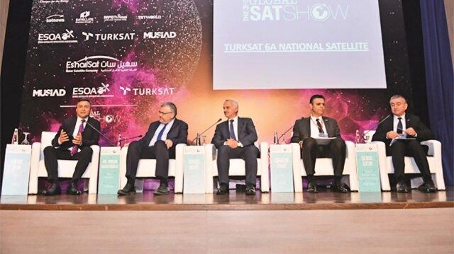 3. Global Satshow'da sektöre yön veren şirketlerin üst düzey yöneticileri konuştu.
