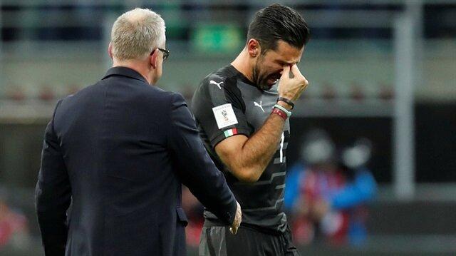 İtalya'nın efsane kalecisi Buffon, 39 yaşında milli kariyerini sonlandırdı.