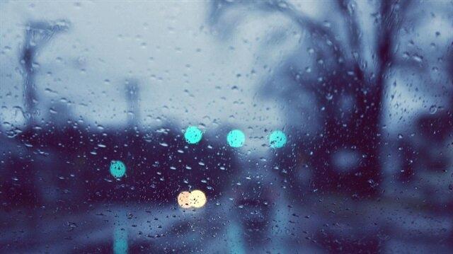 Adana hava durumu raporları açıklandı ve sağanak yağış uyarısı yapıldı.