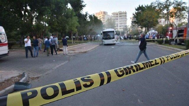 Mersin'de polis otobüsüne düzenlenen saldırıda 17'si polis 18 kişi yaralanmıştı.