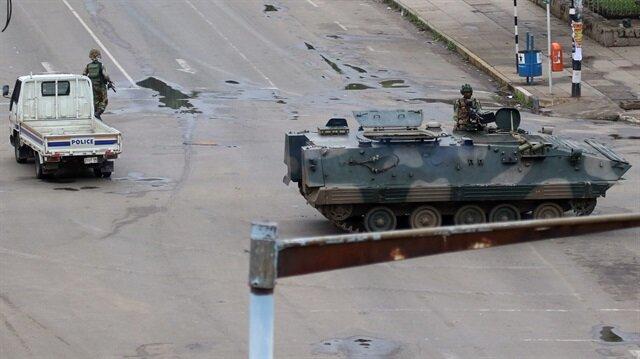 'Darbe' olmayan darbe: Zimbabve'de neler oluyor?