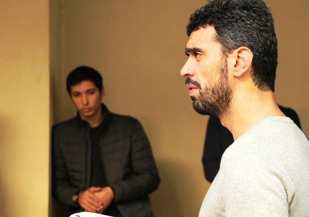 Kenan Sofuoğlu da aileye başsağlığı dileğinde bulundu.