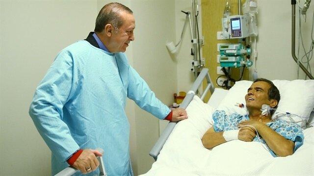 Cumhurbaşkanı Erdoğan sağlık durumuyla yakından ilgilendiği Naim Süleymanoğlu'nu hastanede ziyaret etmişti.