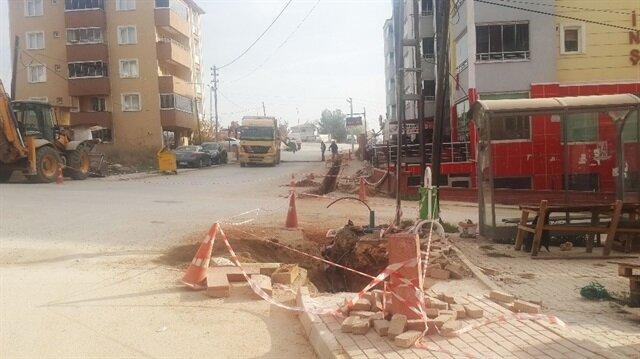 Pazar sabahı 07.30'da çalışan işçiler mahalle sakinleri çileden çıkardı.