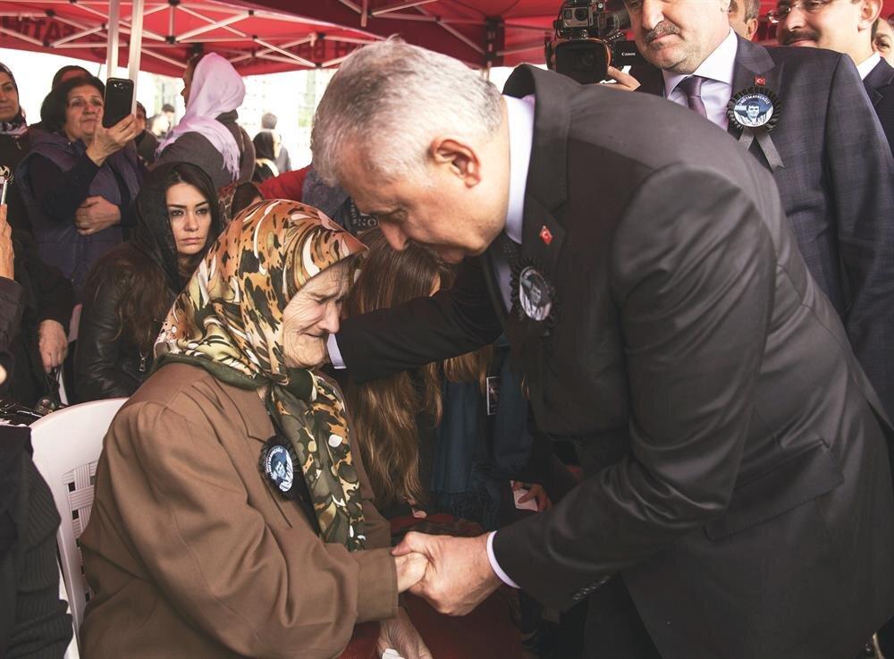 Yıldırım, Süleymanoğlu'nun nannesine başsağlığı diledi.
