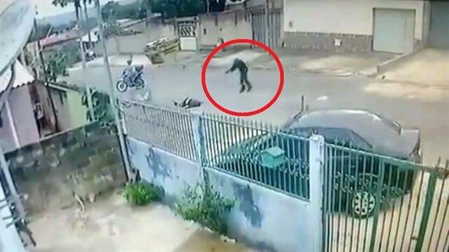 Sokak ortasında korkunç cinayet: Kurşun yağdırdı!