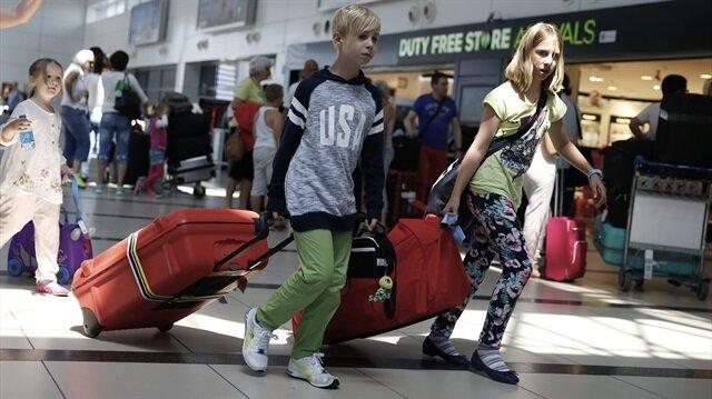 Rus turistler havalimanı