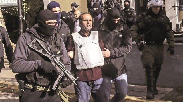 Yunanistan9 teröristitutukladı