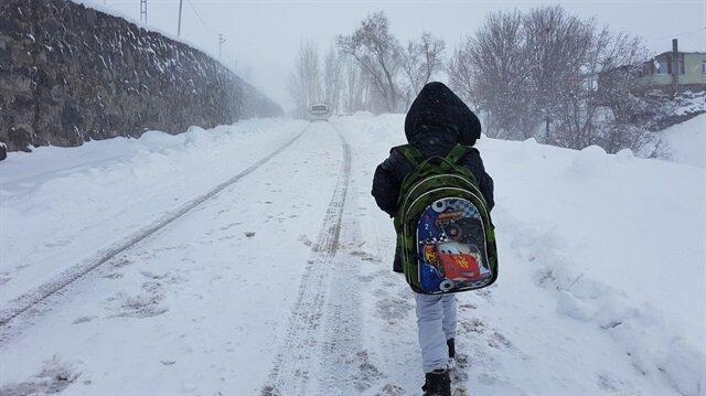 Karlıova'da okullar bir gün süreyle tatil edildi
