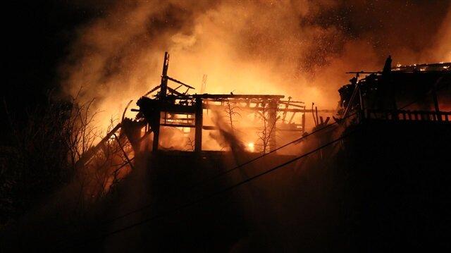 Balat'ta meydana gelen yangın
