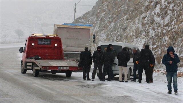 Denizli-Antalya karayolu tek yönlü kapatıldı