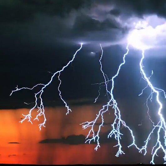 Doğanın elektriksel gücü nefesleri kesti!