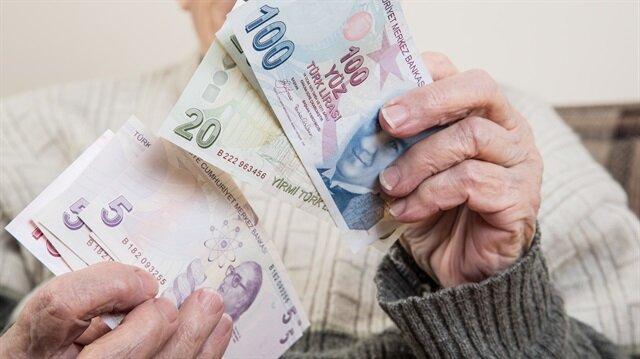 SSK ve Bağ-Kur'luların zam oranı, memur emeklilerinin ise enflasyon farkı artacak ya da azalacak.