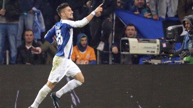 Porto aldığı galibiyetle bir üst tura çıkmayı başardı.
