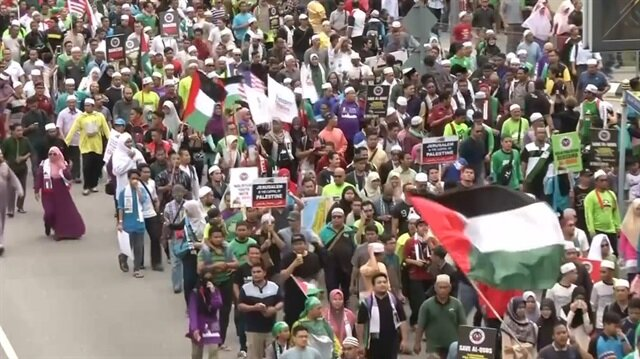 Muslims in Indonesia, Malaysia protest against Trump's Jerusalem plan