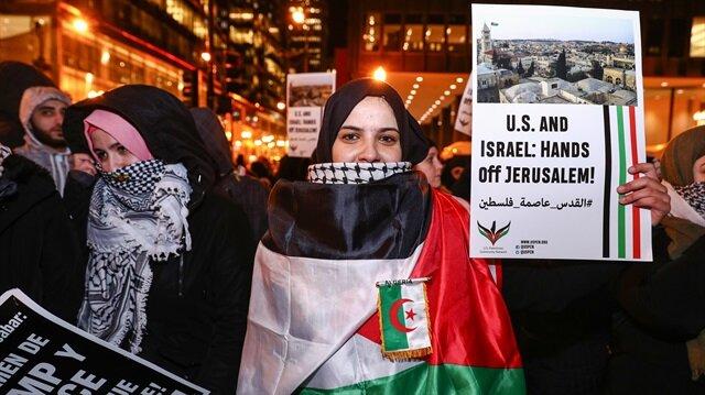 ABD'nin Chicago kentinde toplanan binlerce gösterici Trump'ın Kudüs kararını protesto etti.