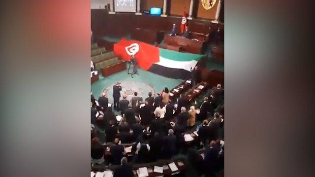 Tunus Meclisi'nde Filistin sloganları atıldı