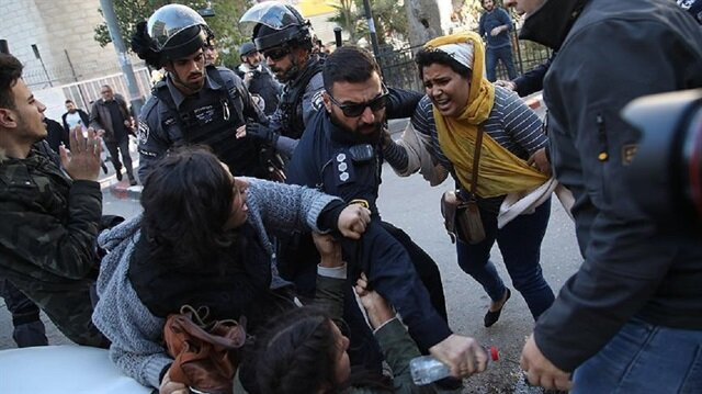 Over 200 injured in fresh Palestinian protests
