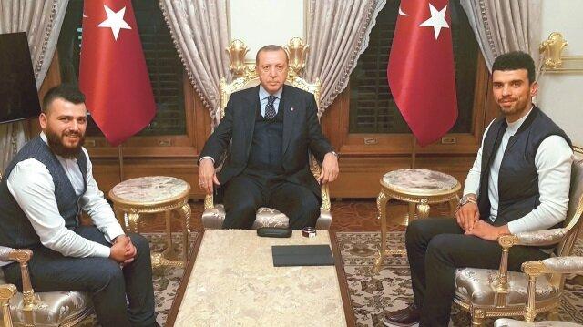 Cumhurbaşkanı Erdoğan, Milli motosikletçimiz Kenan Sofuoğlu'nu kabul etmişti.