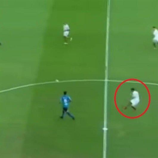 37'lik Ronaldinho'dan muhteşem gol
