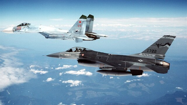 ABD ile Rusya Suriye hava sahasında it dalaşına girdi