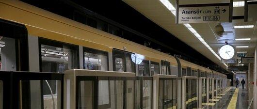 İlk sürücüsüz metro açıldı