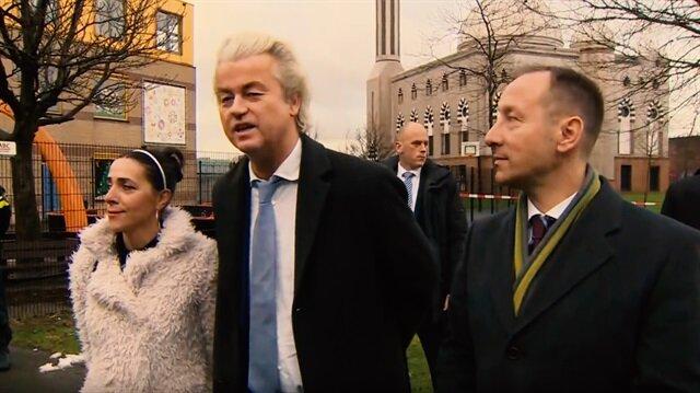 Müslüman düşmanı Wilders cami avlusuna gitti