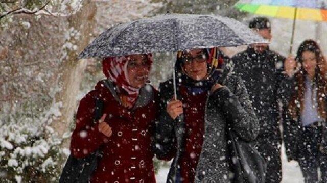 İstanbul, Ankara ve İzmir'e ayrı ayrı yağış uyarı yapıldı