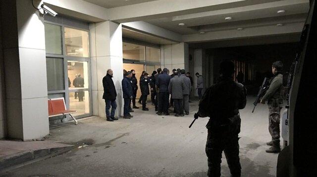 Olayla ilgili 7 kişinin gözaltına alındığı ve soruşturmanın çok yönlü devam ettiği öğrenildi.