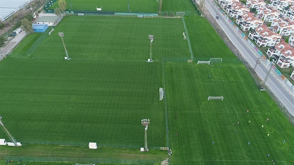 Antalya dünyanın önemli futbol takımlarını ağırlayacak.