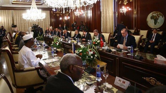Erdoğan, Çad'da heyetlerarası görüşmeye katıldı