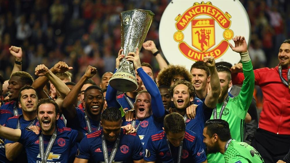 Manchester United tarihindeki ilk UEFA Avrupa Ligi kupasını kazandı.