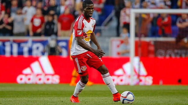 New York Redbulls formasıyla bu sezon 24 maça çıkan Jamaikalı, 1 gol ve 5 asistlik performans gösterdi.