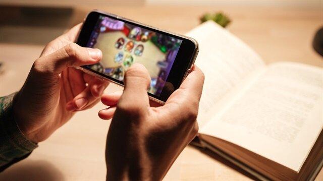 Akıllı telefonlar ile oynanan oyunlar sizin izniniz dahilinde ortam dinlemesi yapabiliyor.