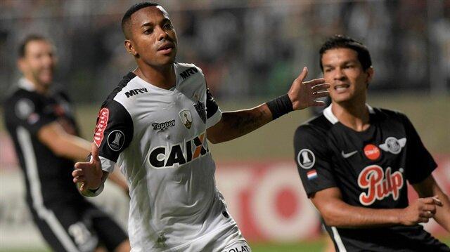 Robinho, Atletico Mineiro'da çıktığı 107 maçta 38 gol atma başarısı göstermişti.