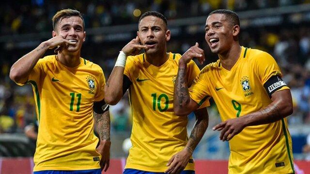 Neymar bu sezon PSG formasıyla çıktığı 20 maçta 17 gol atarken 12 de asist yaptı.