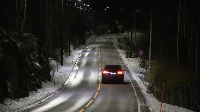 Norveç'te ışığa duyarlı karayolu aydınlatması